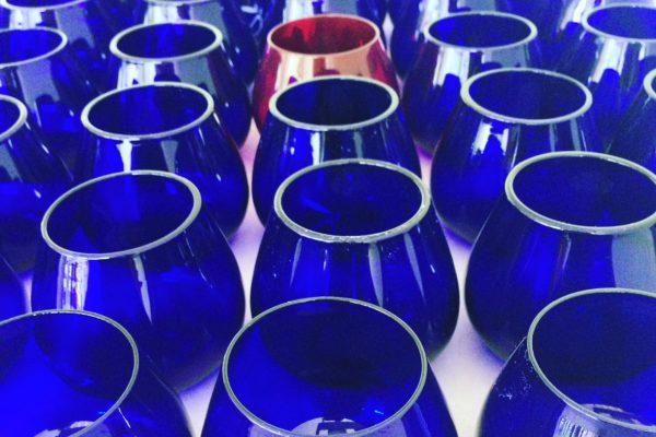 Bicchieri codificati in vetro blu per assaggio olio oliva